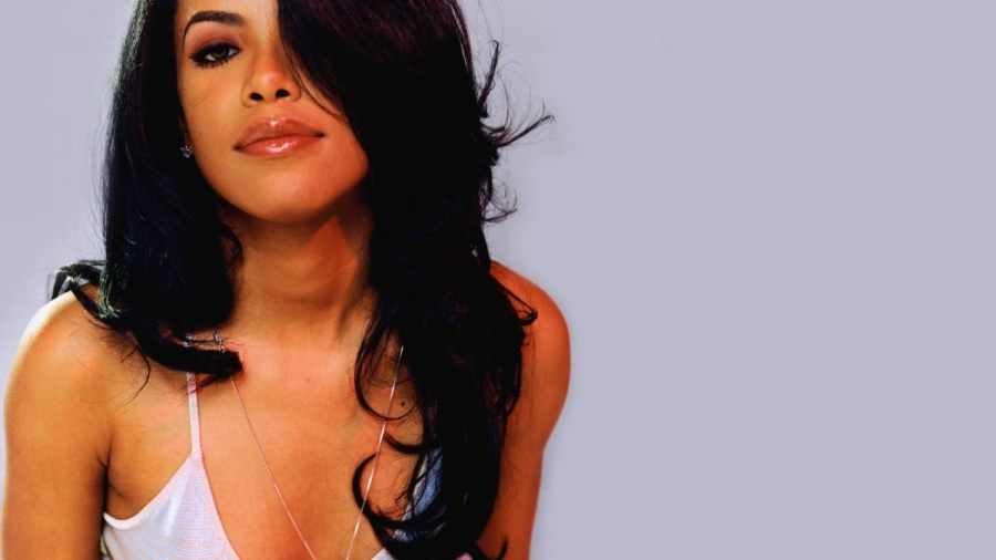 Aaliyah. Sun in Capricorn.